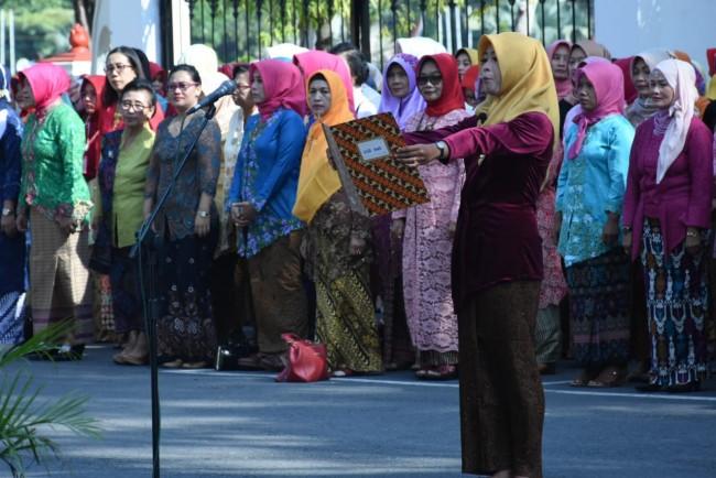 Jadi Irup Upacara, Sekda Grobogan Ajak Kaum Perempuan Teladani Kartini